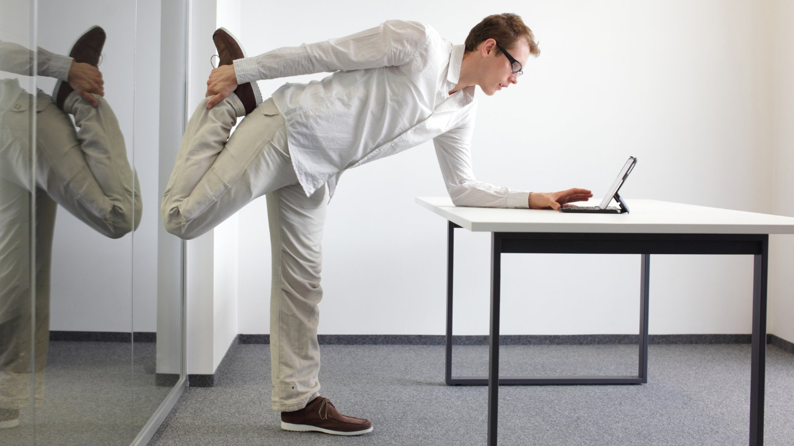 Stand up sit less experts say heres how to do it CNN