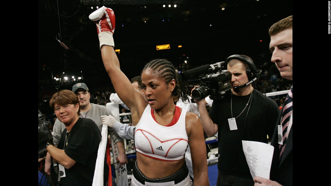 Laila Ali, the daughter of boxing legend Muhammad Ali, began her boxing career in 1999 at the age of 18. She went on to have an undefeated boxing career, winning 24 fights before retiring in 2007.