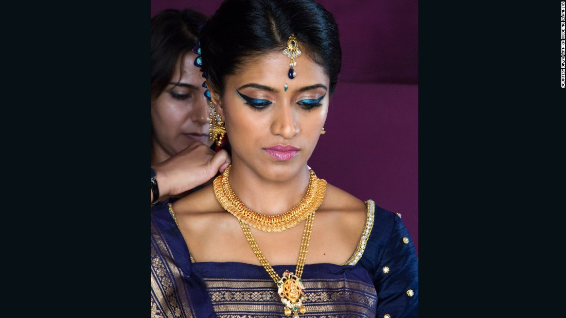 QuotNo Wedding In India Is Complete Without Goldquot Said Vithika Agarwal