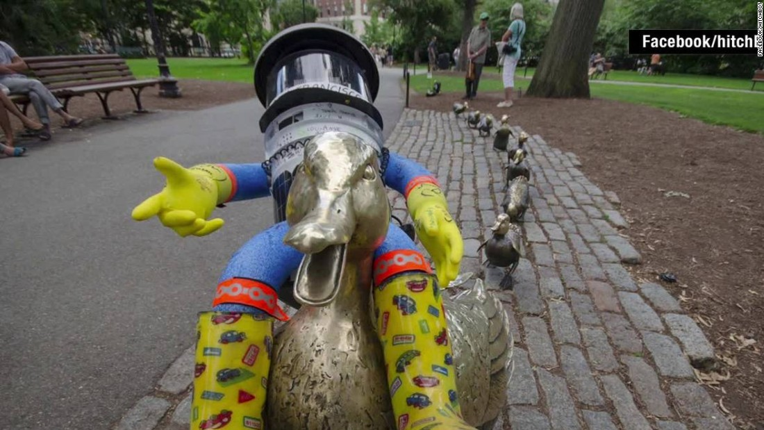 HitchBOT, the hitchhiking robot, gets beheaded in Philadelphia