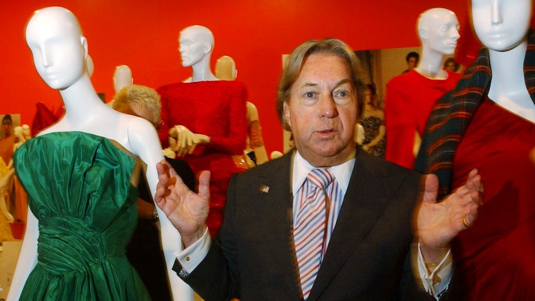 FILE - In this Oct. 10, 2002 file photo, fashion designer Arnold Scaasi talks about his designs at the Fashion Institute of Technology in New York. Scaasi, whose flamboyant creations adorned first ladies, movie stars and socialites, died Tuesday, Aug. 4, 2015, at New York-Presbyterian Hospital of cardiac arrest. He was 85. (AP Photo/Suzanne Plunkett, File)