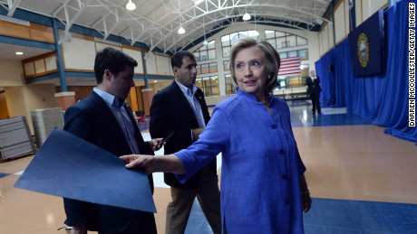 Group: Emails show Clinton, aides mixed State Department, foundation business