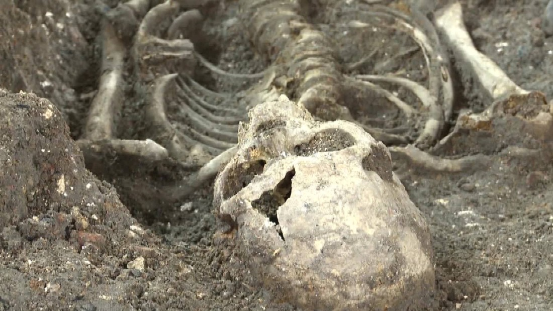 Possible 1665 'plague pit' latest unearthed link to London's storied past