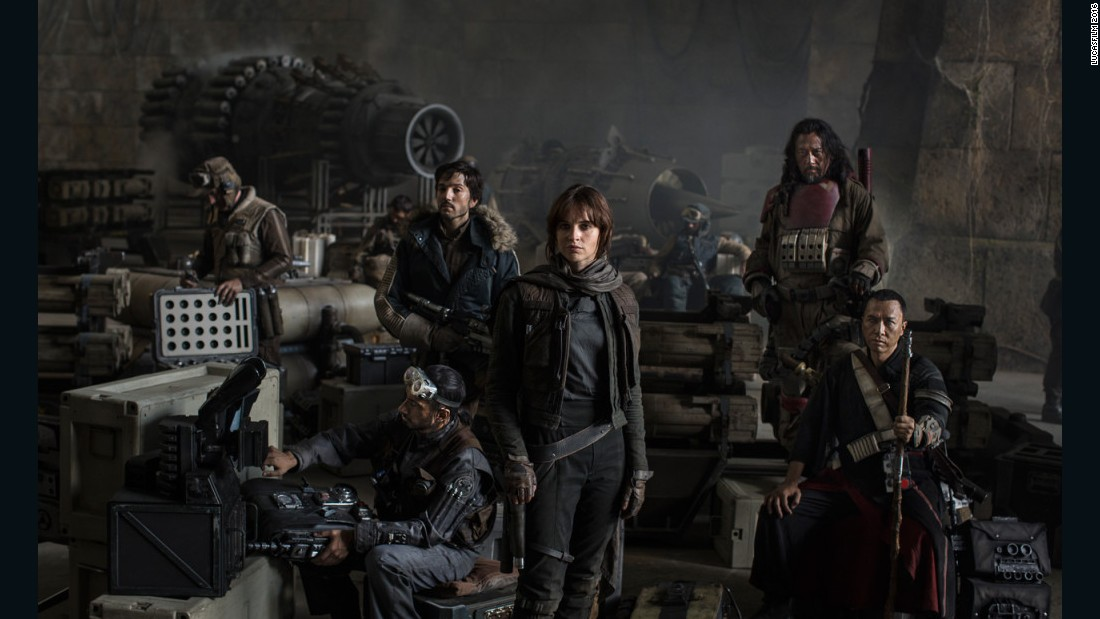'Rogue One' dazzles as it expands 'Star Wars' universe