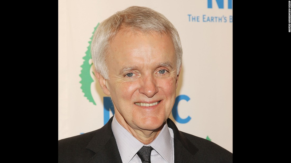 "Senator Bob Kerrey attends The NRDC's 10th annual ""Forces For Nature"" gala at Cipriani 42nd street on April 01, 2008 in New York City. The former senator lost the lower part of one of his legs because of injuries sustained in his Medal of Honor action in Vietnam."