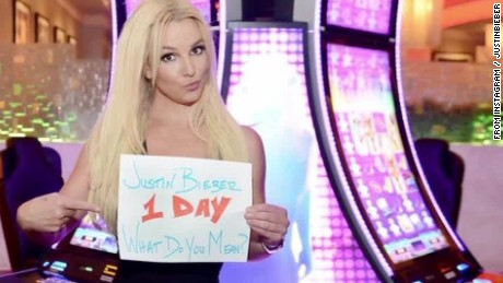 justin bieber celebrity support Daily Hit New Day _00005114.jpg
