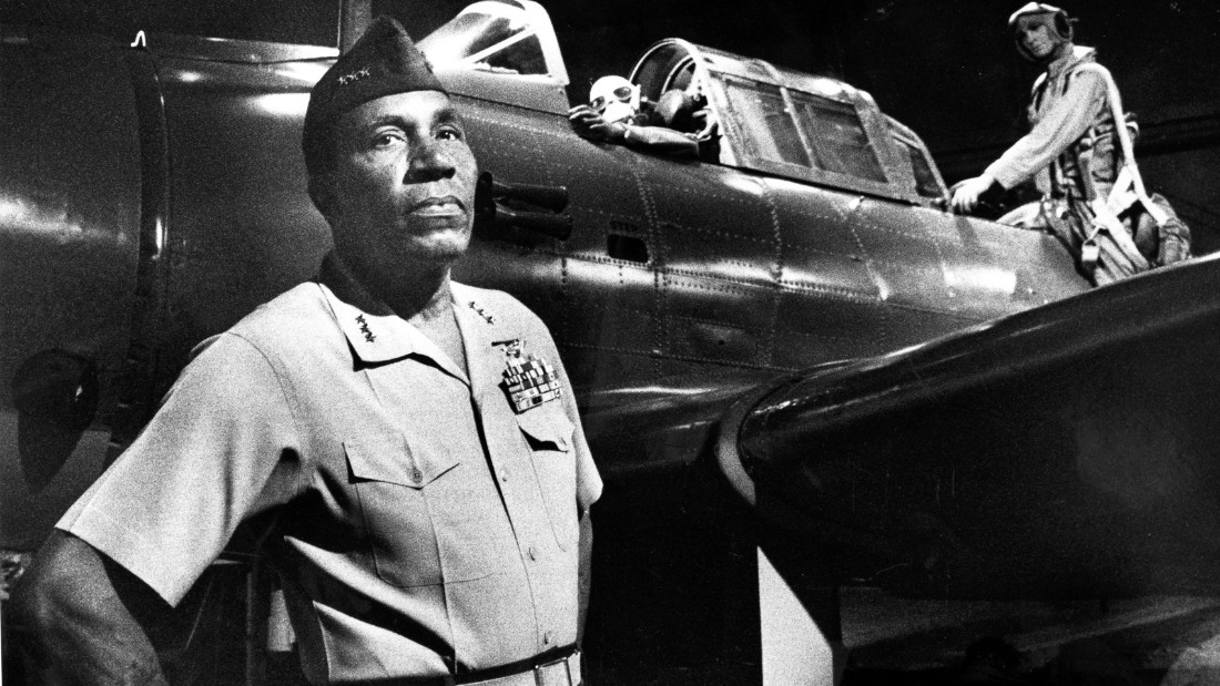 QUANTICO, VA - JUNE 17, 1988: Lt. Gen. Frank E. Petersen Jr., Marine commander at Quantico in the Marine Corps Museum on June 17, 1988. Frank E. Petersen Jr. was the first Black general in the U.S. Marines.  (Photo by Frank Johnston/The Washington Post via Getty Images)