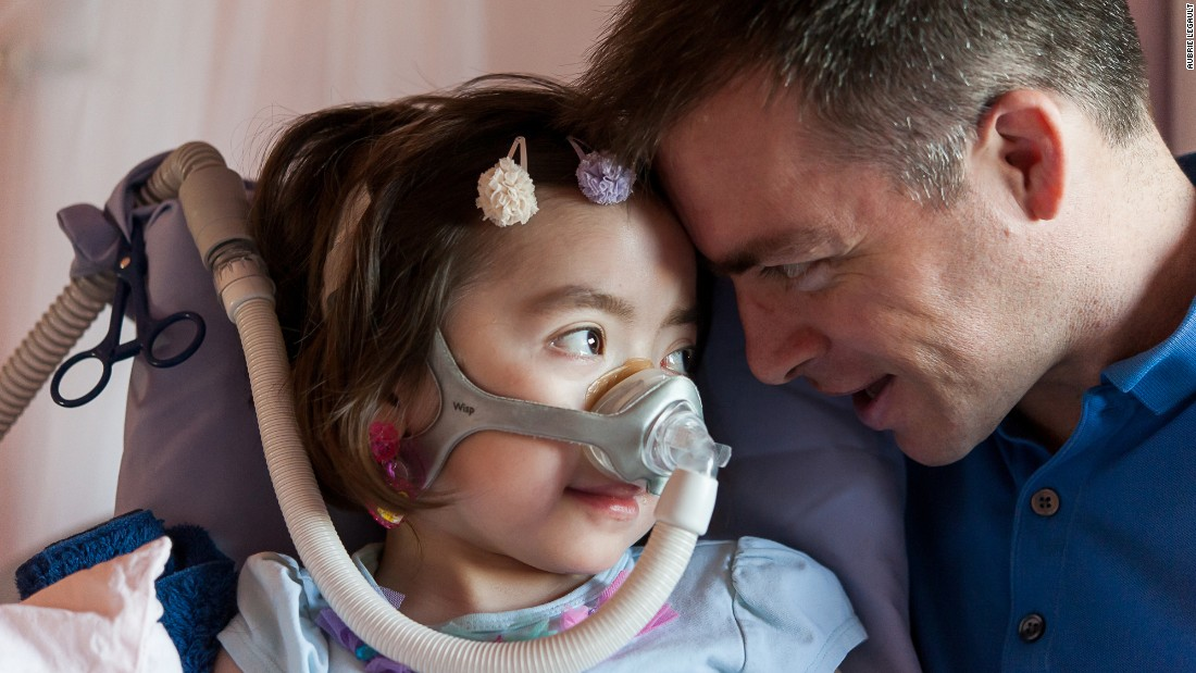 Steven Snow's mild case of Charcot-Marie-Tooth disease has manifested as a severe case in his daughter Julianna.
