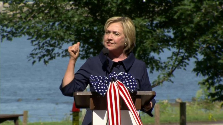 Clinton: I'll jail some employers for wage theft