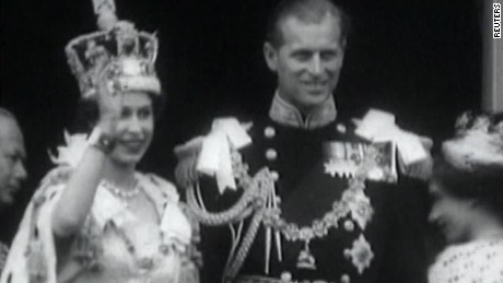 early days of queen elizabeth quest pkg_00023719