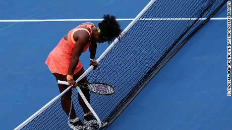Serena stunner in U.S. Open semifinals