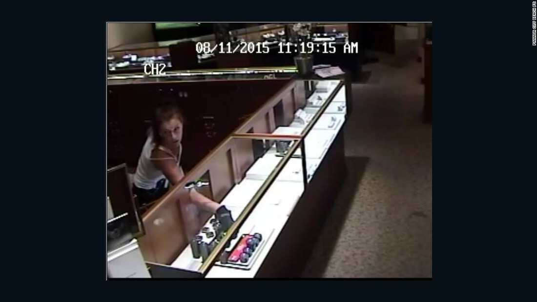 Police in 3 states seek female jewelry store robber