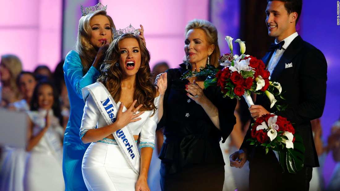 Miss America crowns 1st winner of Indian descent