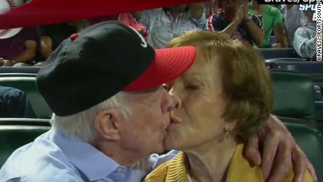 nr kiss cam Braves Jimmy Carter_00000902.jpg
