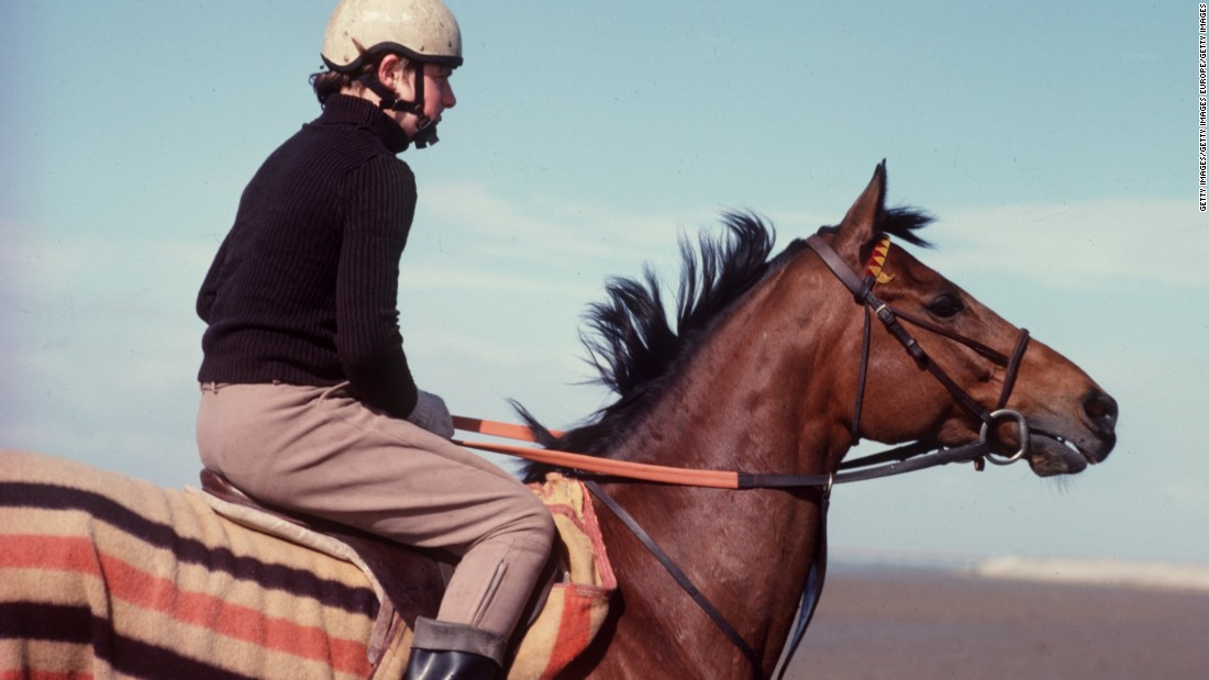 Red Rum gained British and global notoriety by winning the Grand National on three occasions. The four-mile, 3½ furlong race includes 30 fences and is often described as the ultimate test of a horse's courage.