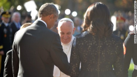 U.S. President Barack Obama welcomes Pope Francis to the White House on September 23, 2015 in Washington, D.C.