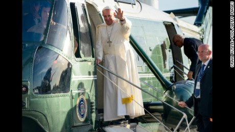 NEW YORK, NY - SEPTEMBER 24: Pope Francis boards a waiting helicopter during his arrival at John F. Kennedy International Airport September 24, 2015 in New York City. The Pope is on his first trip to the United States, visiting Washington, DC, New York and Philadelphia. (Photo by Craig Ruttle-Pool/Getty Images)