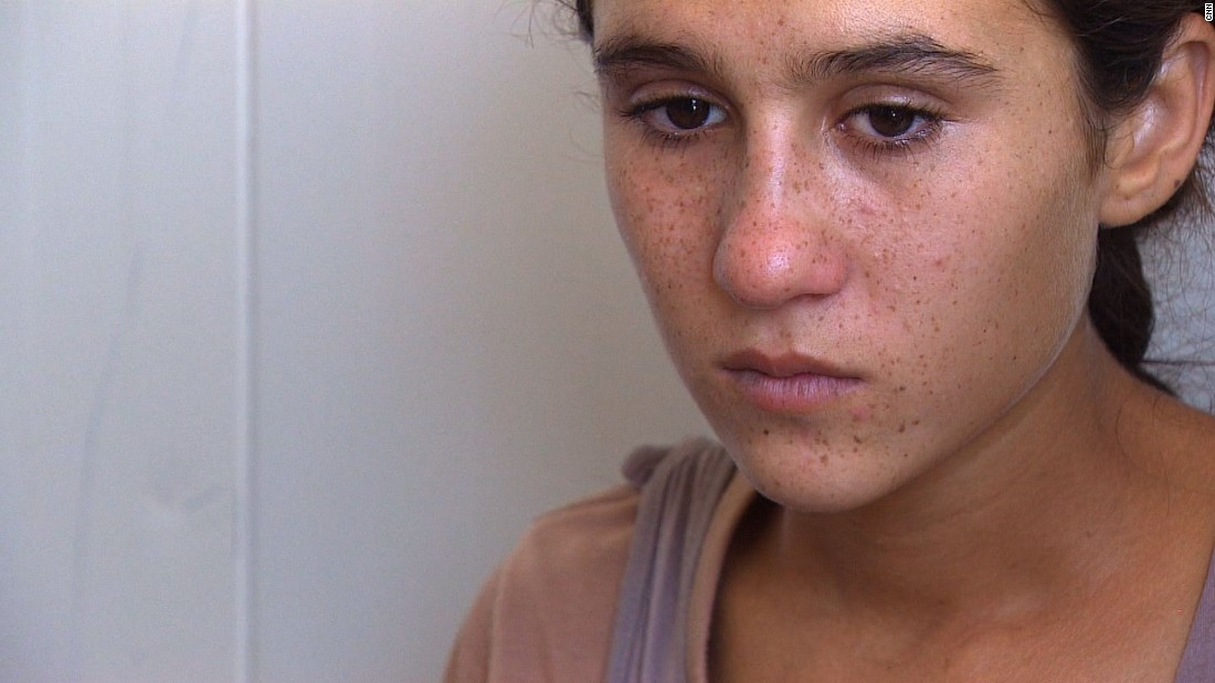 Yazidi girl remembers horror of helicopter escape from ISIS