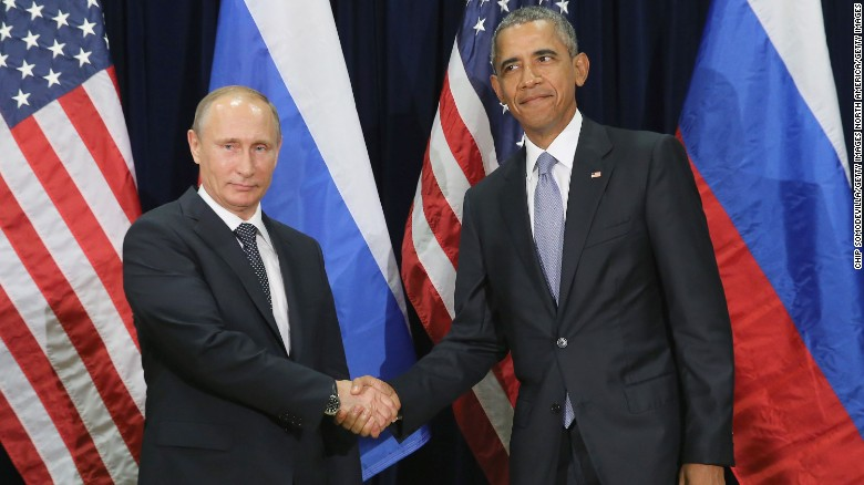 NEW YORK, NY - SEPTEMBER 28:  (AFP OUT)  Russian President Vladimir Putin (L) and U.S. President Barack Obama shake hands for the cameras before the start of a bilateral meeting at the United Nations headquarters September 28, 2015 in New York City. Putin and Obama are in New York City to attend the 70th anniversary general assembly meetings.  (Photo by Chip Somodevilla/Getty Images)