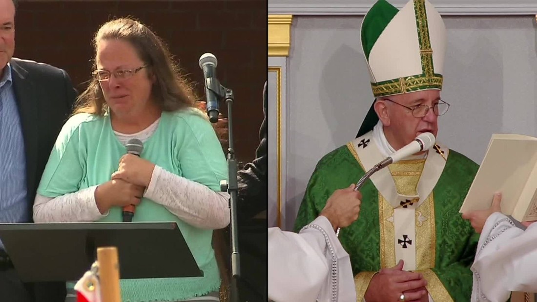 Pope Francis meets with Kim Davis, enters culture war