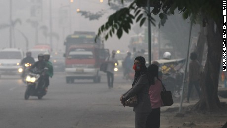 Indonesia begins evacuation of infants from haze-affected regions