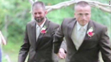 stepdad and dad walk bride down aisle ohio dnt_00013728