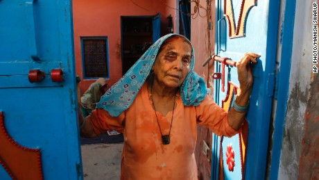 Mohammad Akhlaq's mother shows CNN their ransacked house