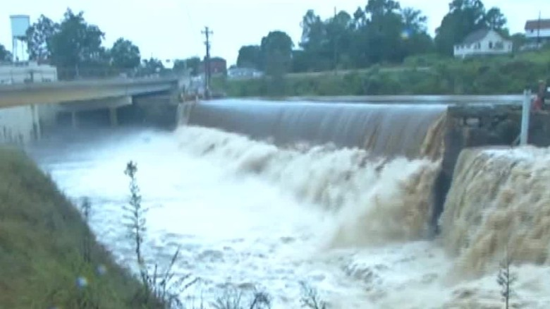 Officials: At least 9 dam failures in SC