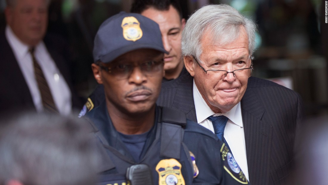 Hastert agrees to plead guilty in hush money case