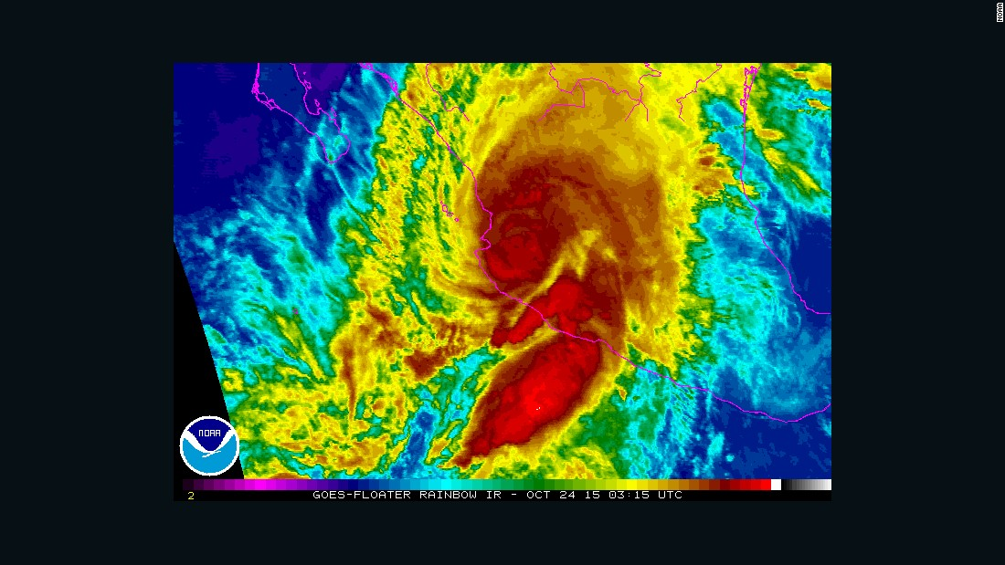Hurricane Patricia weakens, but still 'extremely dangerous'