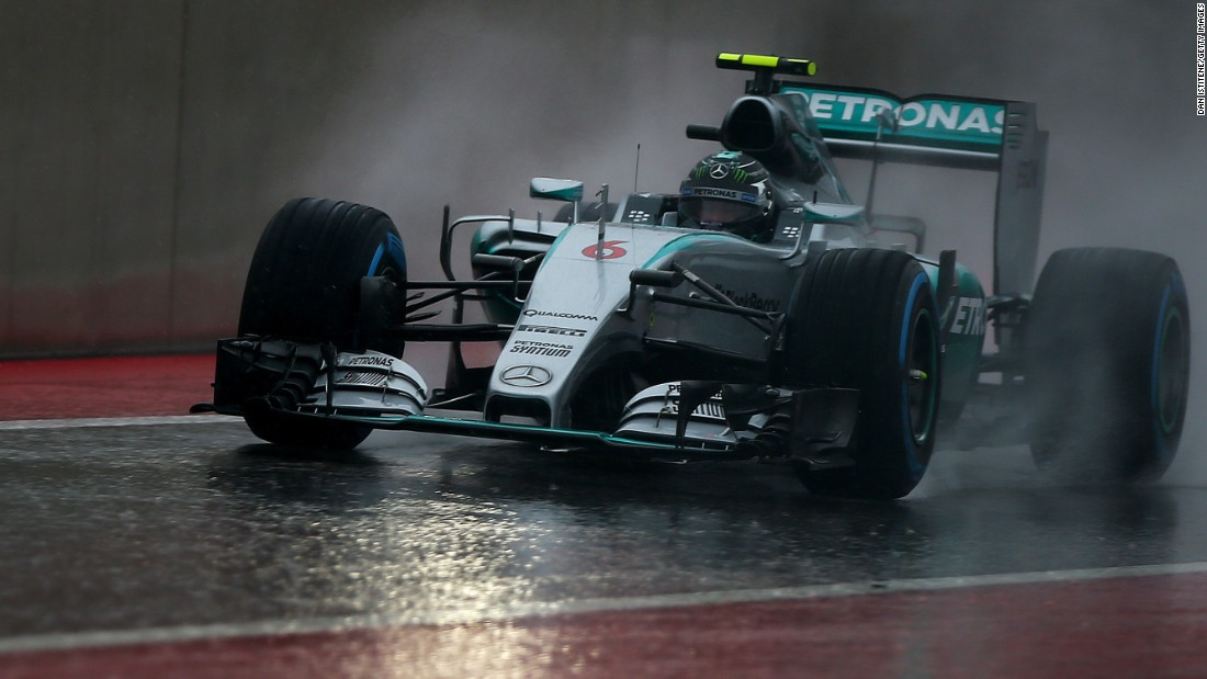 Nico Rosberg of Germany took pole after the truncated final qualifying session for the United States Grand Prix in Texas.