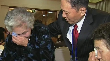 korean reunion goodbyes novak cnni_00011302