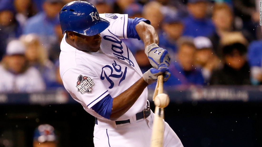 Lorenzo Cain of the Royals breaks his bat in the fourth inning.