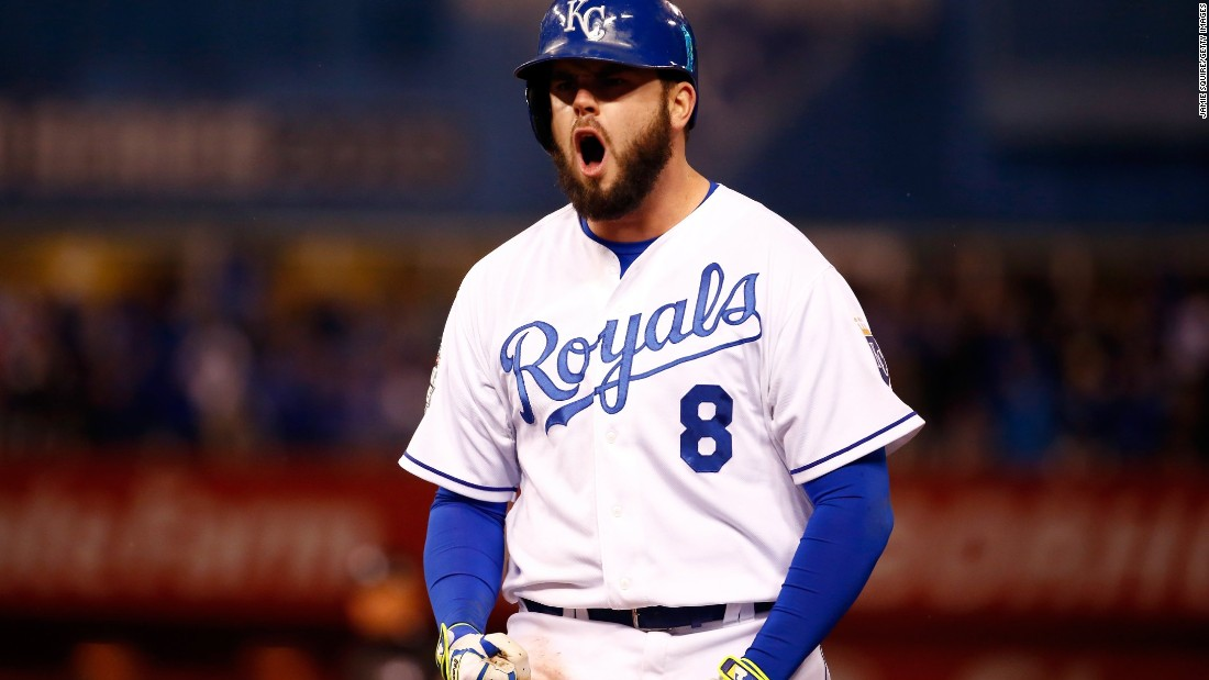 Mike Moustakas of the Royals celebrates after hitting an RBI single to score teammate Eric Hosmer in the fifth inning.