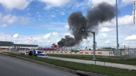 NS Slug: FL- FT LAUDERDALE PLANE FIRE