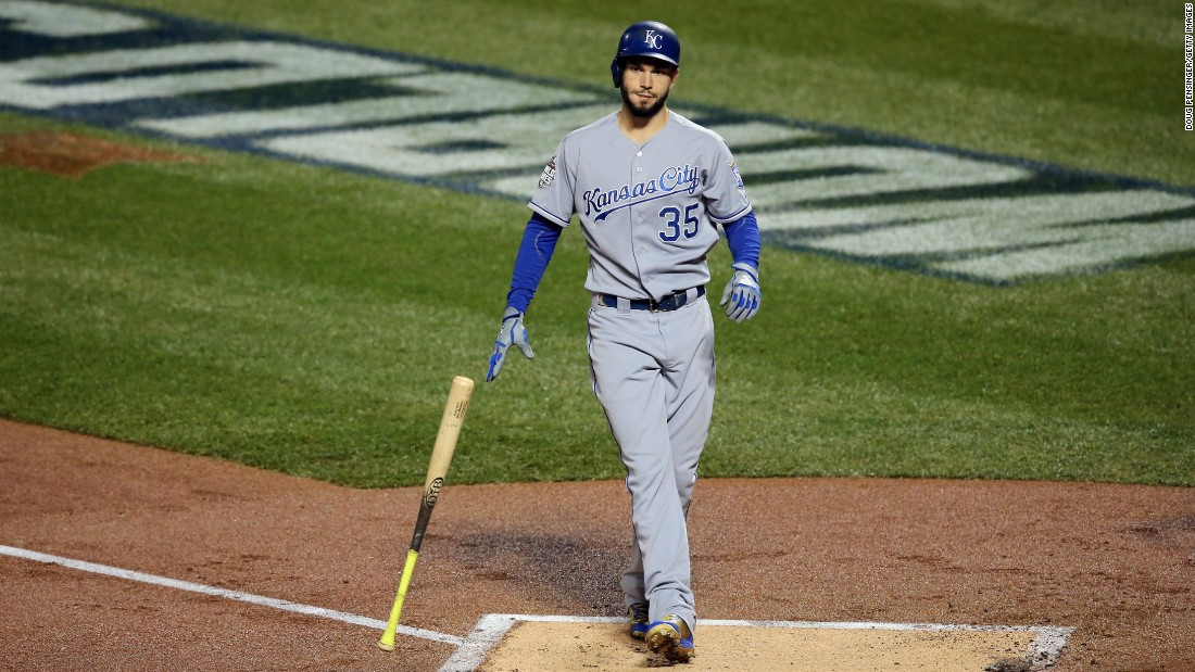 Kansas City Royals Eric Hosmer reacts after striking out in the first inning.
