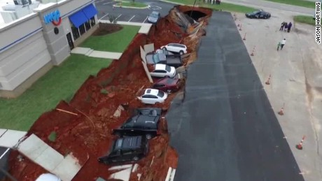 mississippi ihop cave in hole collapse patrick abbott intv nr_00002727