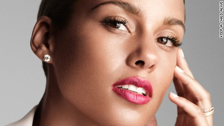 The anti-makeup movement in Hollywood