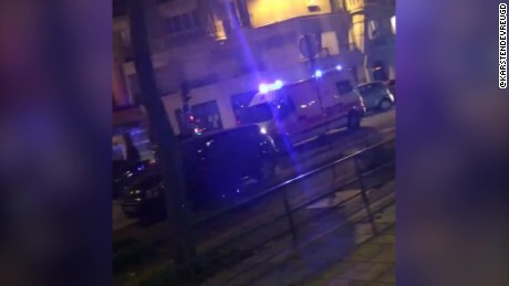 paris shooting ambulance in streets_00000216