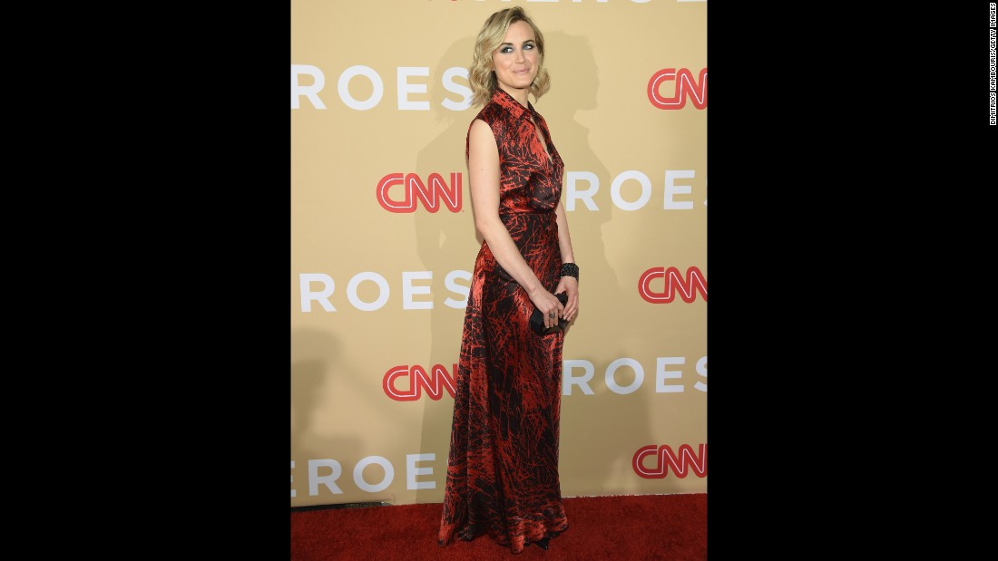 """Orange is the New Black"" star Taylor Schilling was among the presenters. Supporters of the Top 10 CNN Heroes may make <a href=""http://www.cnn.com/specials/cnn-heroes-donations-2015"">direct charitable donations</a> to their designated nonprofits by using Amazon Payments through December 31."