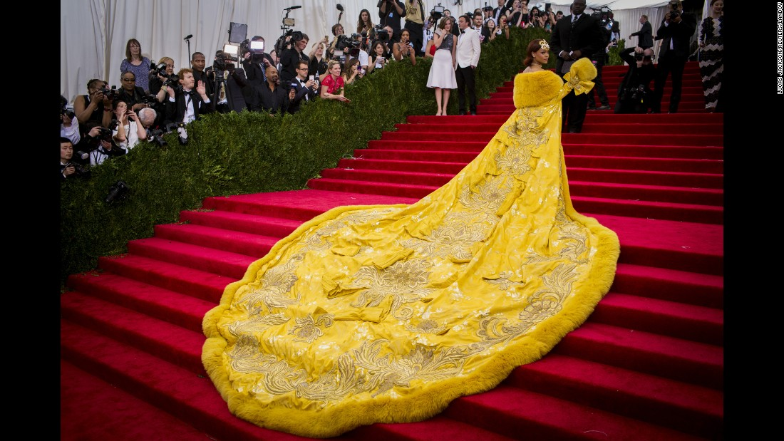 "<strong>May 4:</strong> Singer Rihanna arrives at the Metropolitan Museum of Art's Costume Institute Gala in New York. <a href=""http://www.cnn.com/2015/05/04/living/gallery/met-gala-red-carpet-2015/index.html"" target=""_blank"">The high-fashion event</a> raises money in support of the museum's costume institute. The theme of this year's Met Gala, also called the Met Ball, was ""China: Through the Looking Glass."""