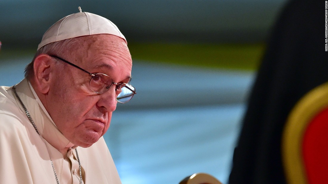 Don't 'drop gossip bomb,' Pope Francis warns priests and nuns