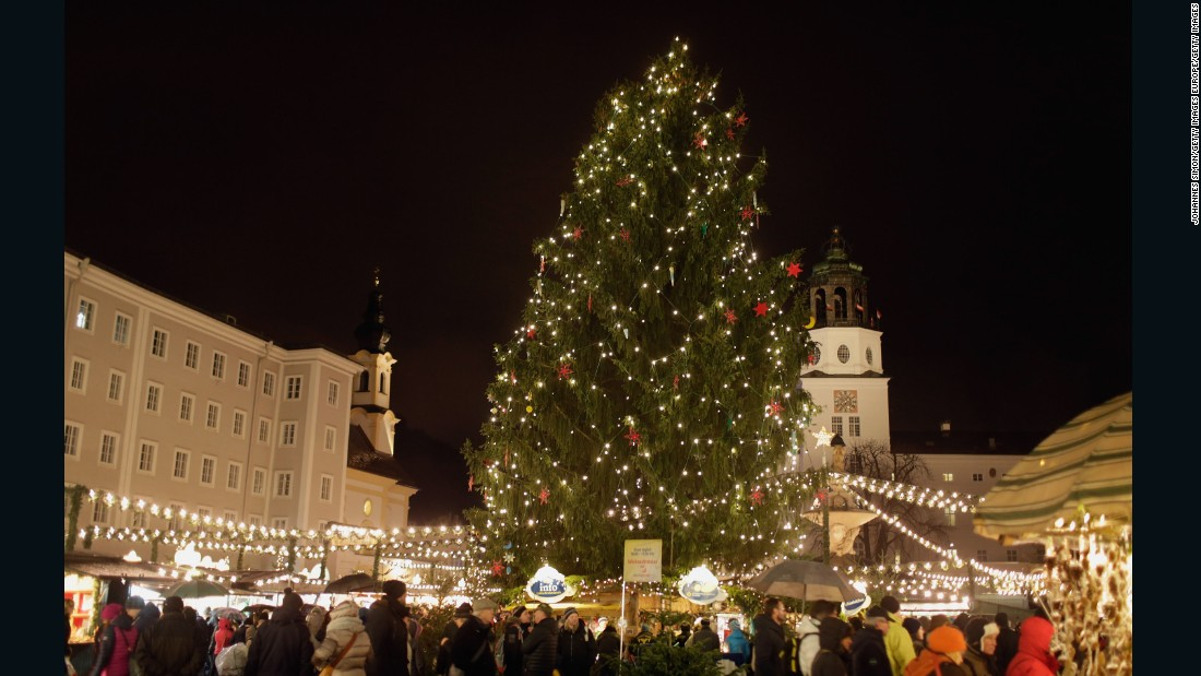 In Austrai, Salzburg's popular Christmas market stretches from Mozartplatz all the way to Domplatz in front of Salzburg Cathedral.