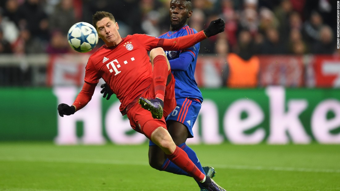 The Warsaw-born striker continues to bang them in for club and country, having scored 26 goals in 25 appearances so far this season. When Bayern beat Greek side Olympiakos 4-0 to reach the knockout stages of the UEFA Champions League, Lewandowski fired in the second.
