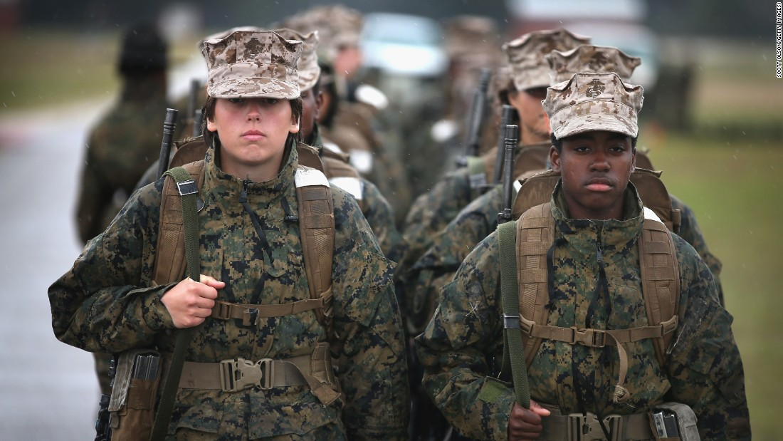 U.S. military generals want women to register for draft