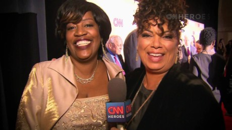 cnnheroes tribute show red carpet sots_00004902