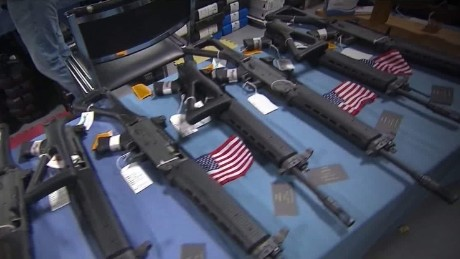 u.s. legal guns kill mann pkg_00000211.jpg