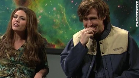 ryan gosling giggles saturday night live orig_00004003
