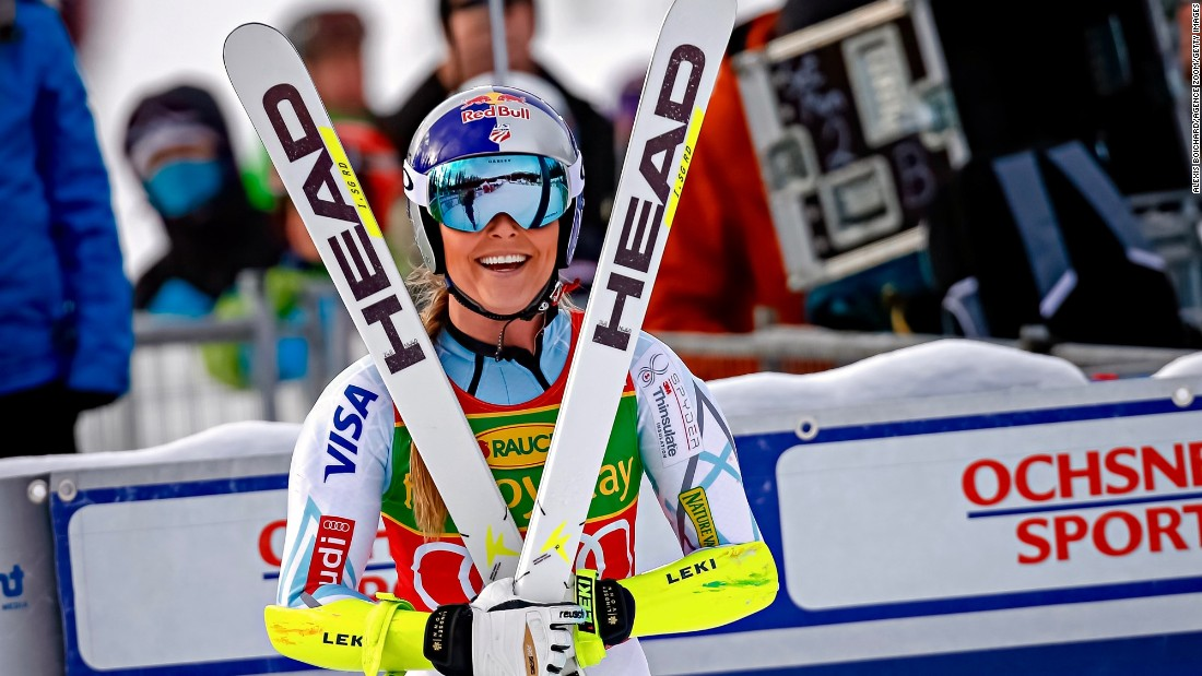 Lindsey Vonn's face tells the story as she wraps up three World Cup wins in a row at Lake Louise -- for the third time in her skiing career.