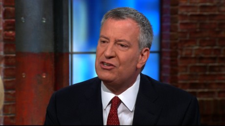 Mayor de Blasio: Trump is falling into ISIS game plan